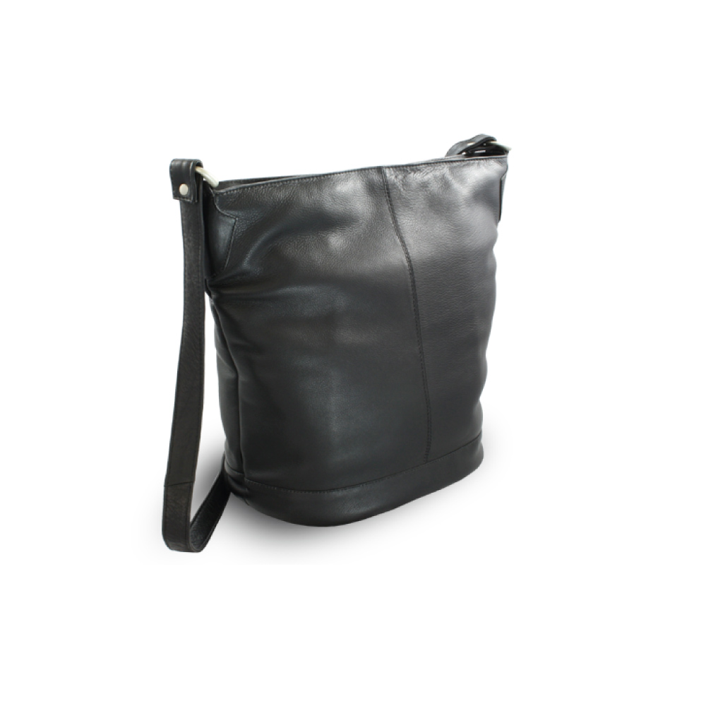 e13273fd12 Čierna kožená zipsová kabelka